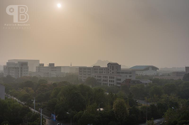 China Exkursion FHWS nach Huzhou: Blick aus dem Zimmer, Smog üb