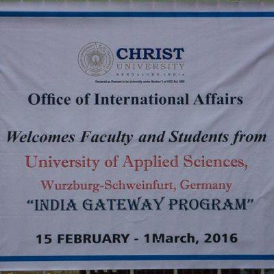 IGP 2016 Indien Exkursion der FHWS in Bangalore: Willkommensplakat an der Christ University Foto: Patrick Beuchert / www.patrick-beuchert.de